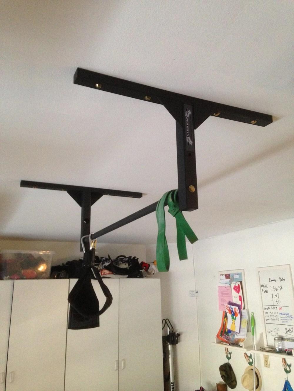 Joist mounted pull up bar studbar pullup
