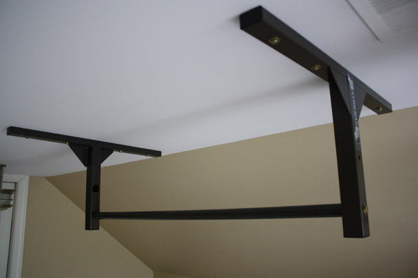 Stud Bar Pull Up Bar Vs Rogue Bar Stud Bar Ceiling Or